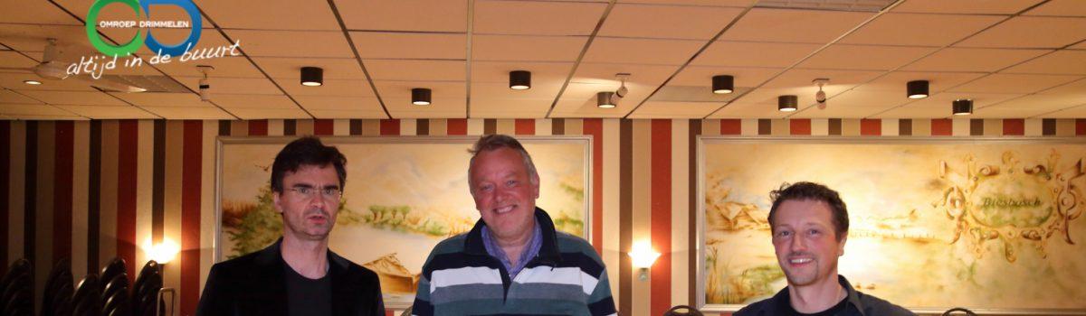 Schaakgrootmeester Loek van Wely bij SV 't Paardje